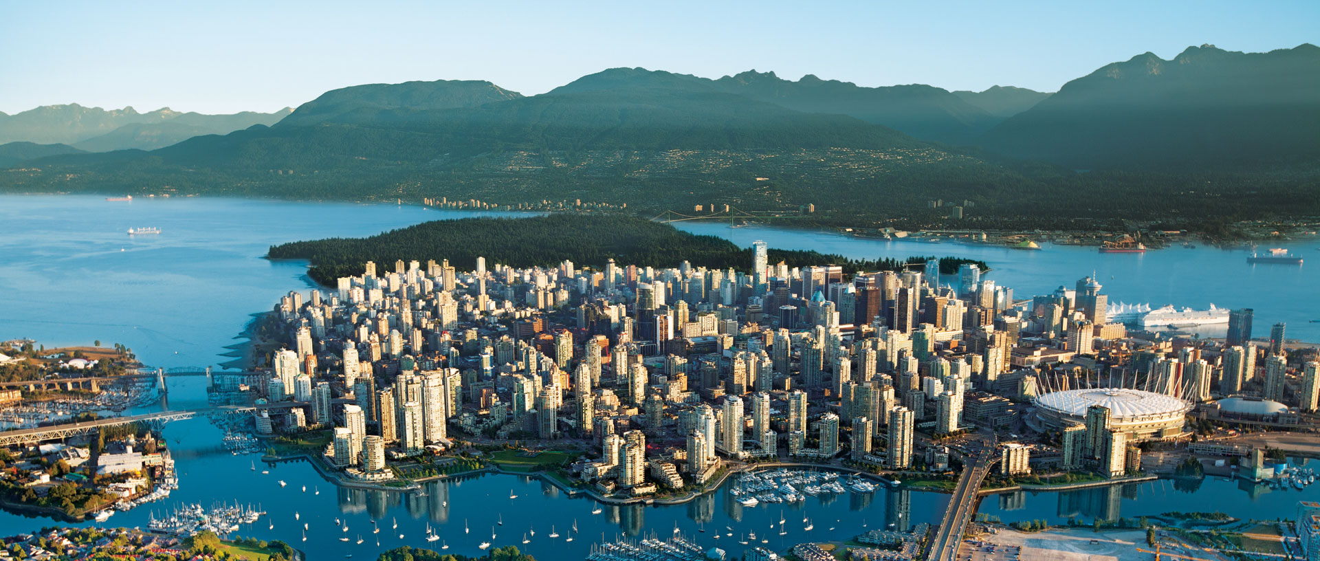 Tourism-Vancouver-Aerial-Albert-Normandin-2011
